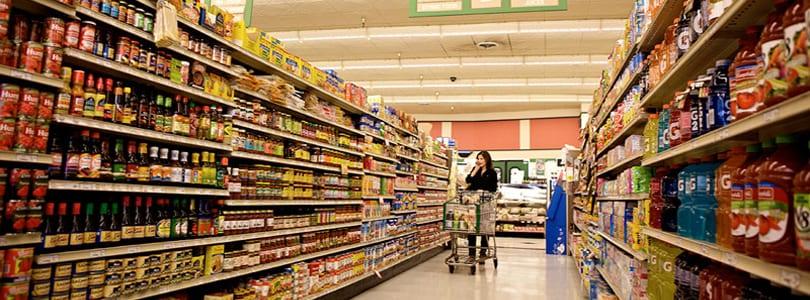 O setor de alimentos sofreu uma grande queda nas vendas.